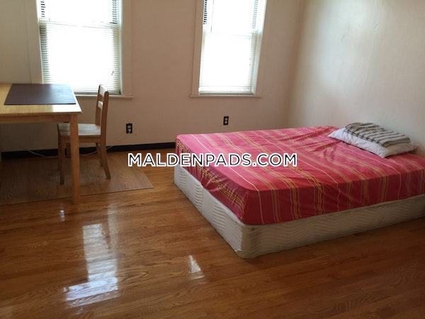 Malden Spacious 5 Bed on First Floor  - $3,700