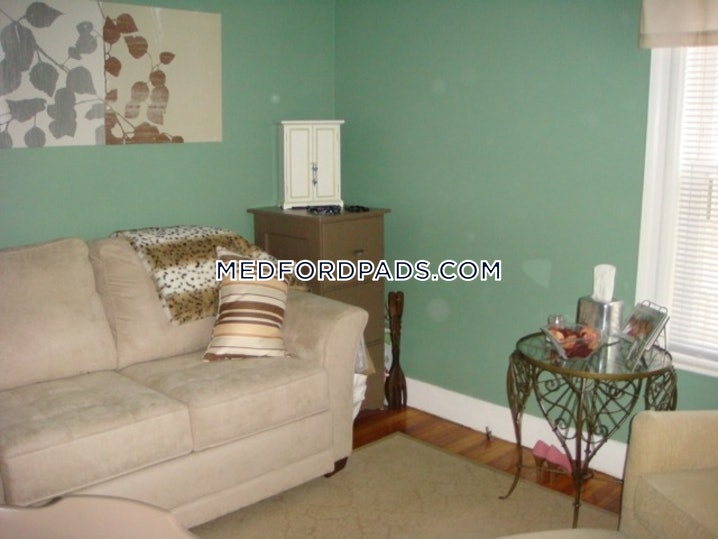Medford - Tufts - 2 Beds, 1 Bath - $2,200
