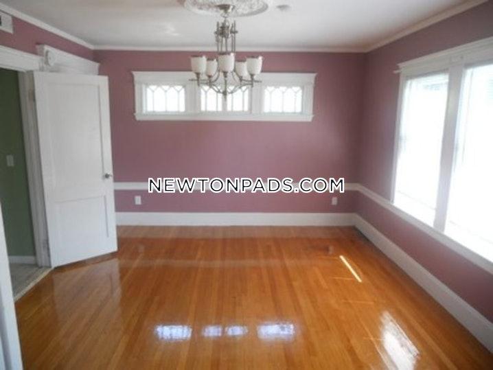 Newton - Chestnut Hill - 4 Beds, 2 Baths - $4,500