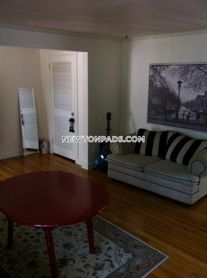 Newton - Chestnut Hill - 3 Beds, 2 Baths - $3,000