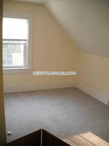 Chestnut Hill, Newton, MA - 1 Bed, 1.5 Baths - $2,000 - ID#85715