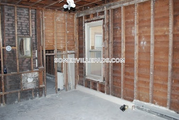 Porter Square, Somerville, MA - 5 Beds, 2 Baths - $3,595 - ID#3808968