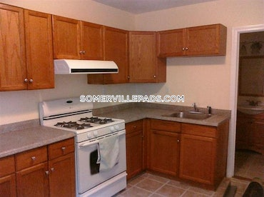 Porter Square, Somerville, MA - 3 Beds, 1 Bath - $2,450 - ID#3818356