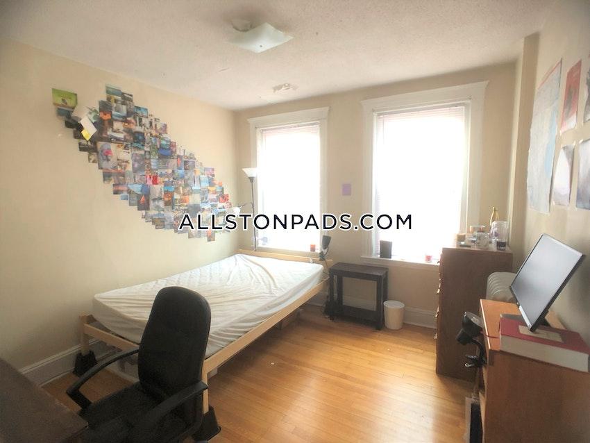 BOSTON - ALLSTON - 3 Beds, 1 Bath - Image 6