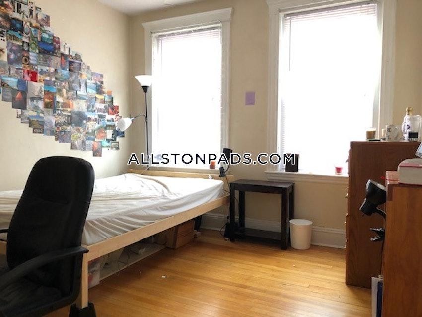 BOSTON - ALLSTON - 3 Beds, 1 Bath - Image 5