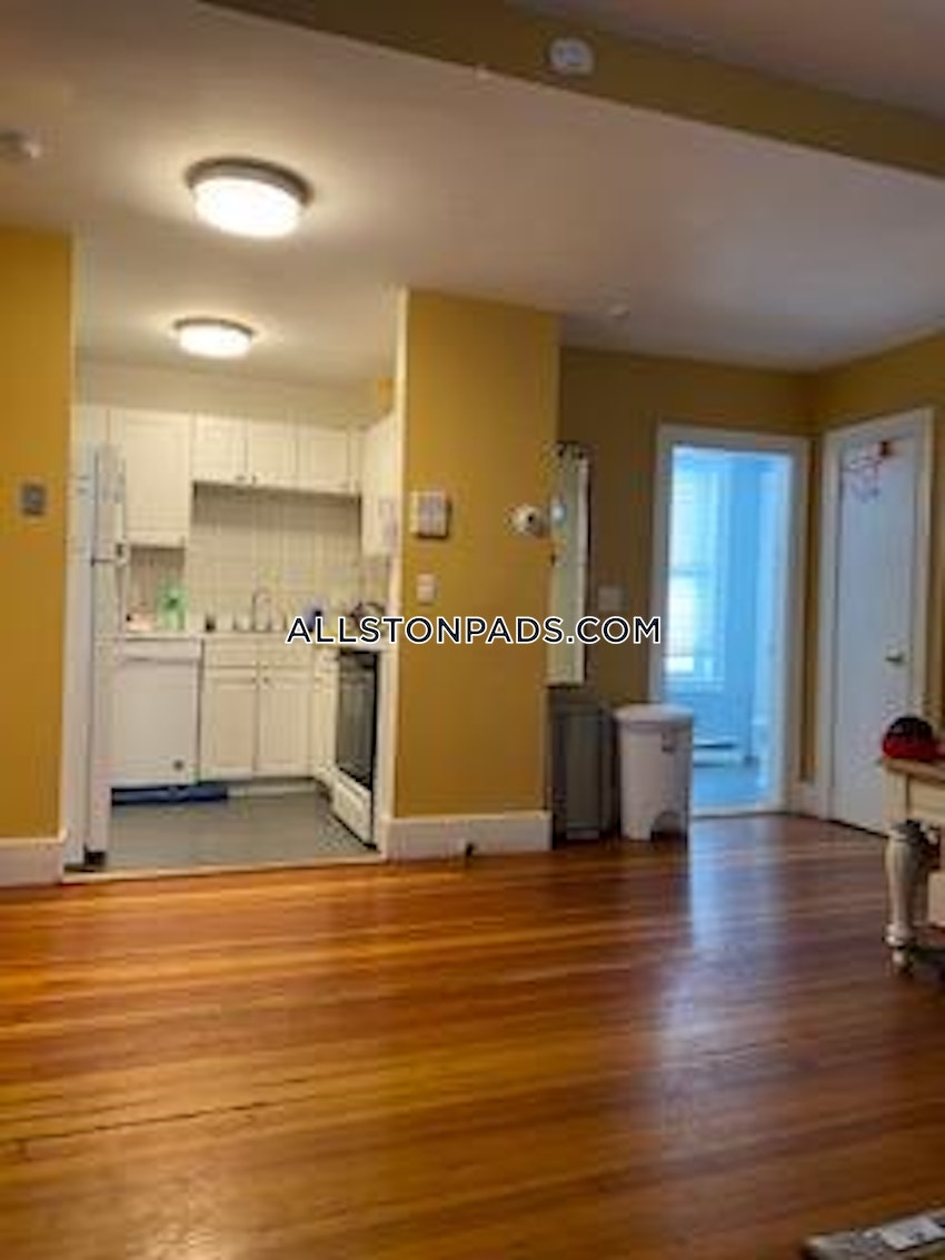 BOSTON - ALLSTON - 6 Beds, 2 Baths - Image 6