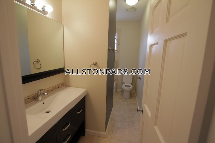 BOSTON - ALLSTON - 4 Beds, 2 Baths - Image 8