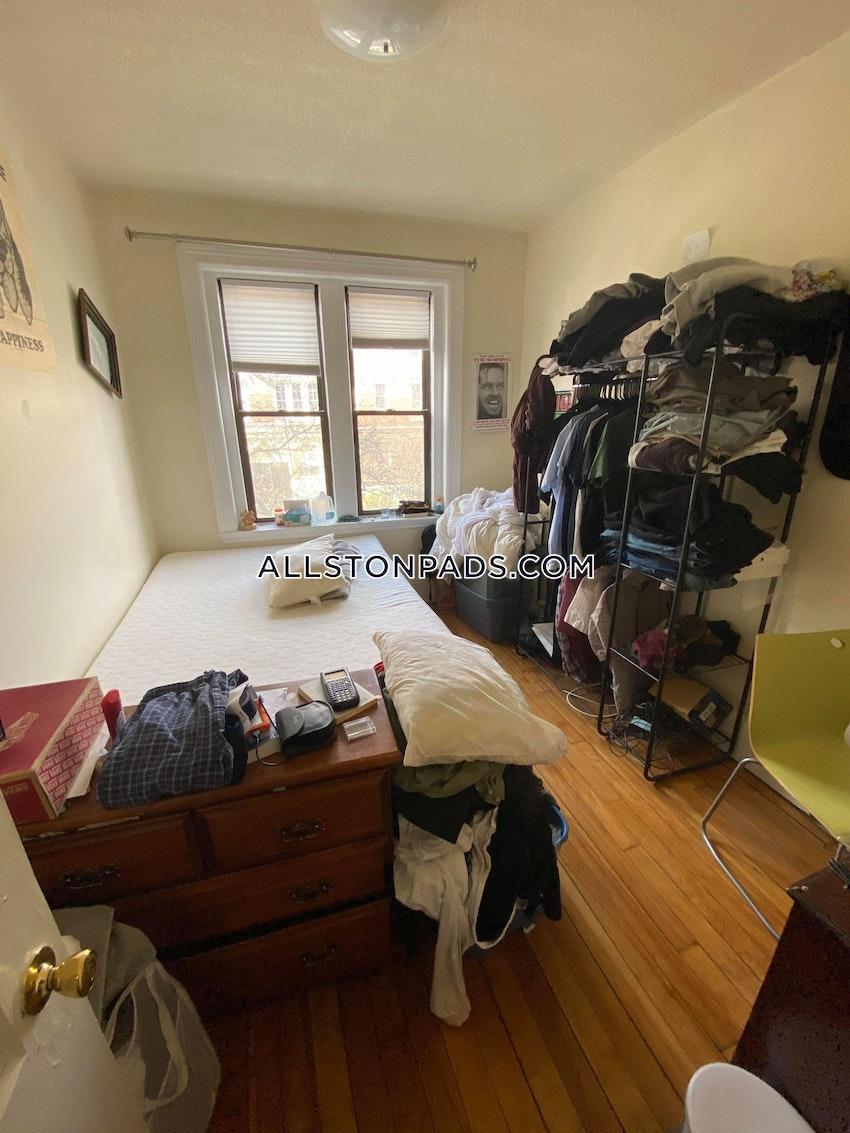BOSTON - ALLSTON - 4 Beds, 1 Bath - Image 5