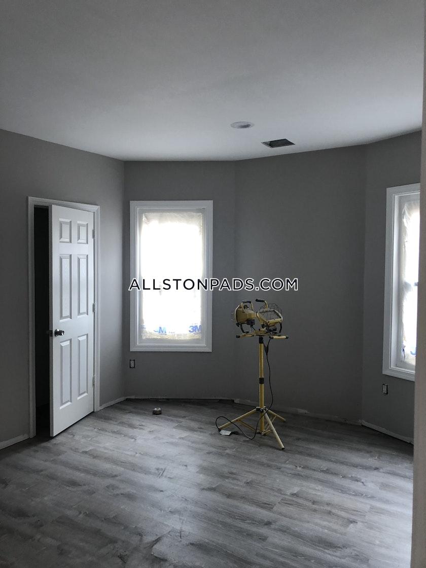 4 Bed Apartment For 4 400 Mo In Boston Allston Boston