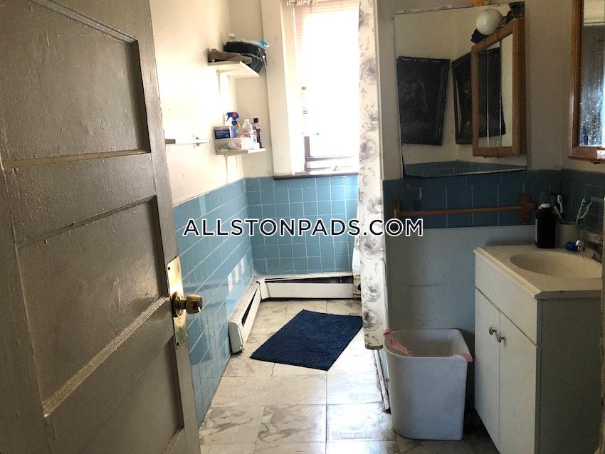 BOSTON - ALLSTON - 5 Beds, 1 Bath - Image 10