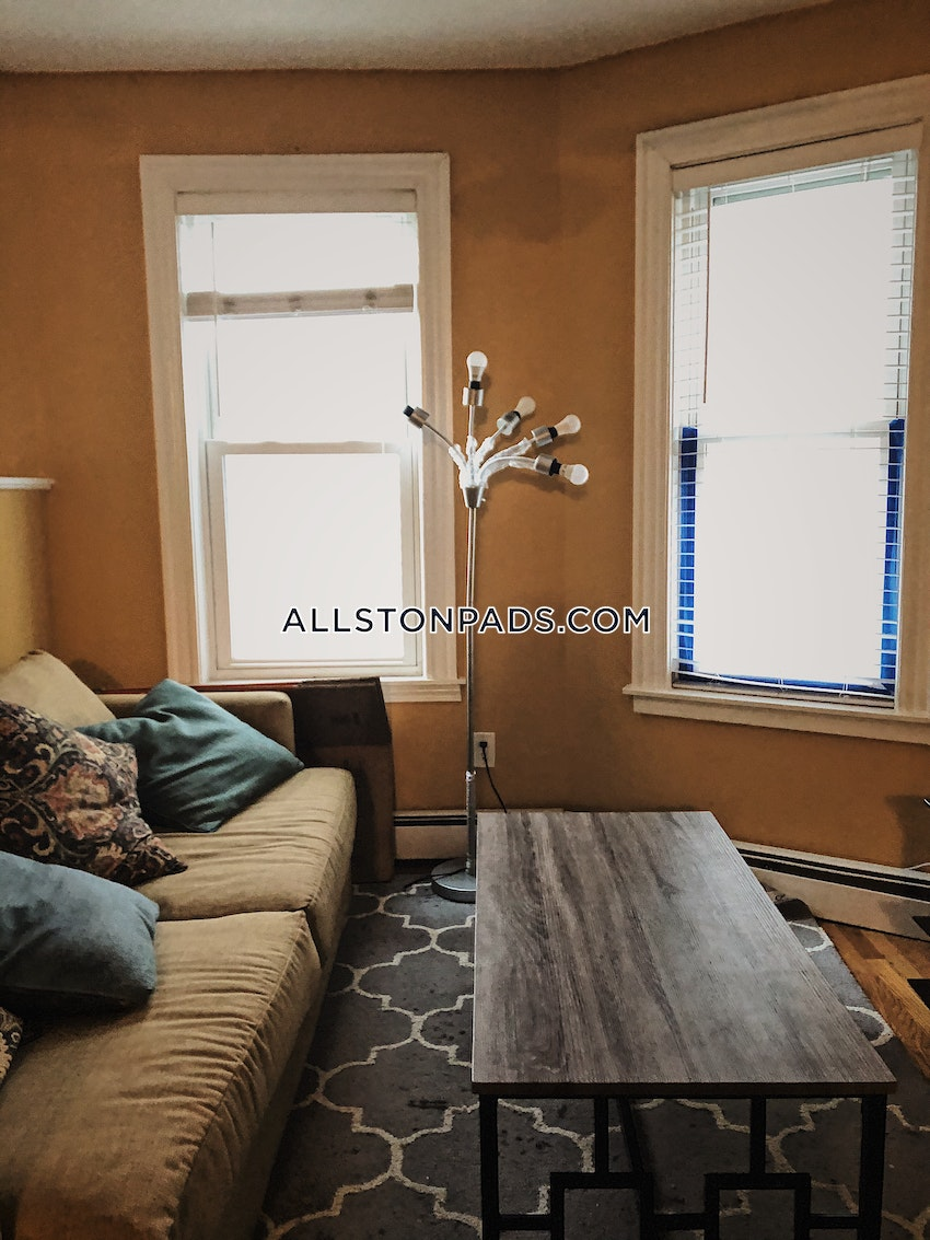 BOSTON - ALLSTON - 6 Beds, 2 Baths - Image 3