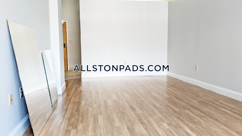 BOSTON - ALLSTON - 2 Beds, 2 Baths - Image 4