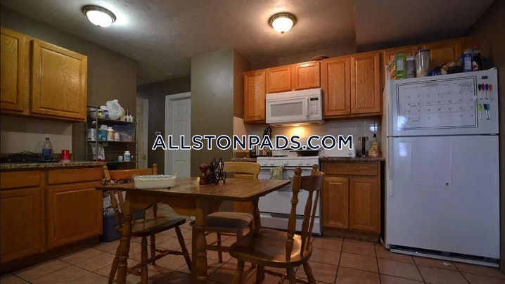 Boston - Allston - 5 Beds, 3 Baths - $4,500