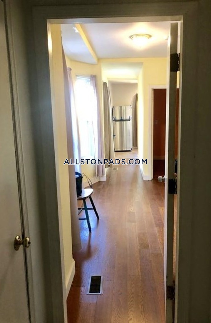 BOSTON - ALLSTON - 2 Beds, 1 Bath - Image 7