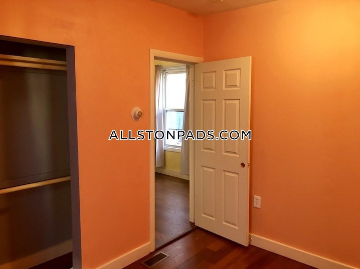 BOSTON - ALLSTON - 2 Beds, 1 Bath - Image 9