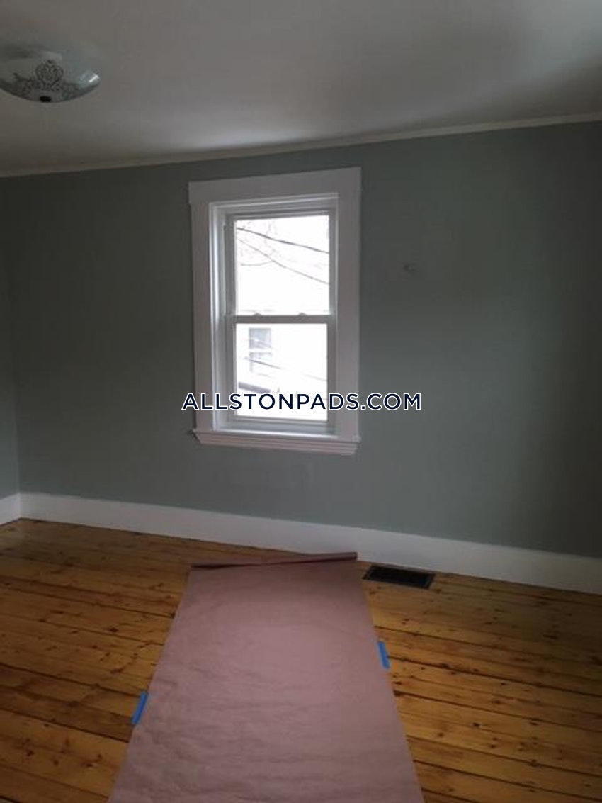 BOSTON - ALLSTON - 3 Beds, 1 Bath - Image 37