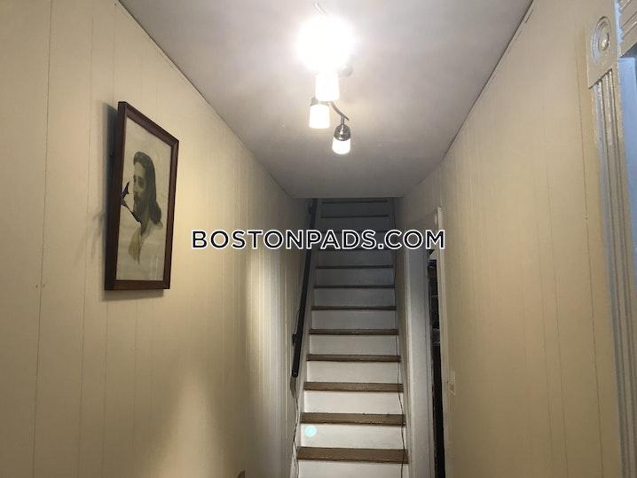 BOSTON - ALLSTON/BRIGHTON BORDER - 4 Beds, 2 Baths - Image 5