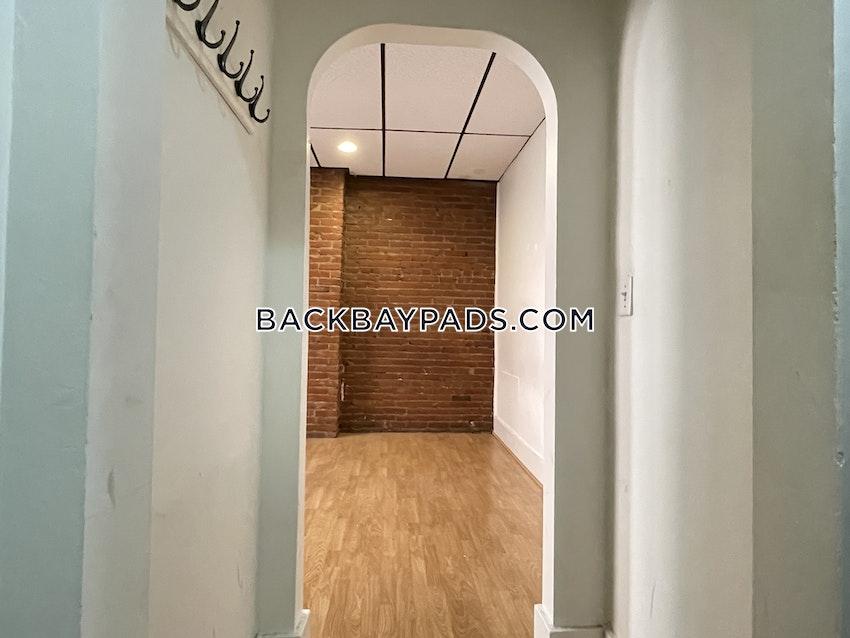 BOSTON - BACK BAY - 3 Beds, 2 Baths - Image 14