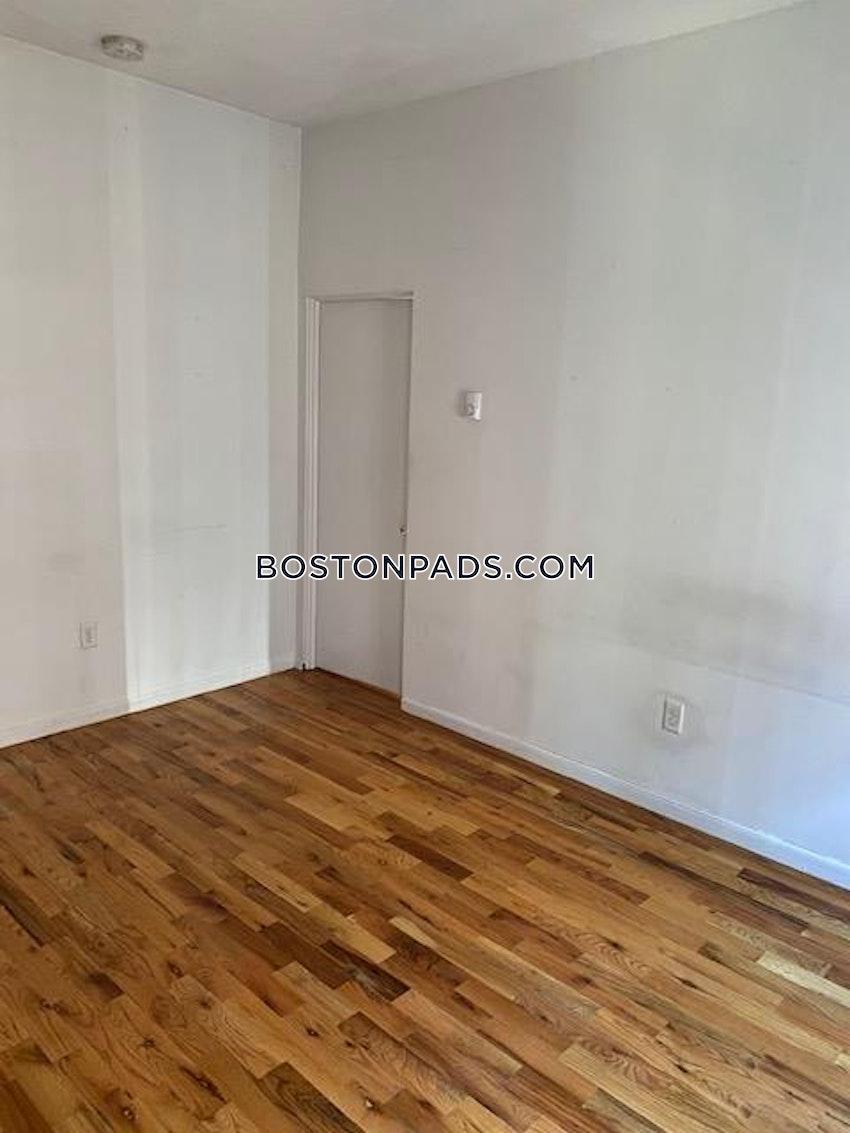BOSTON - BAY VILLAGE - 1 Bed, 1 Bath - Image 13