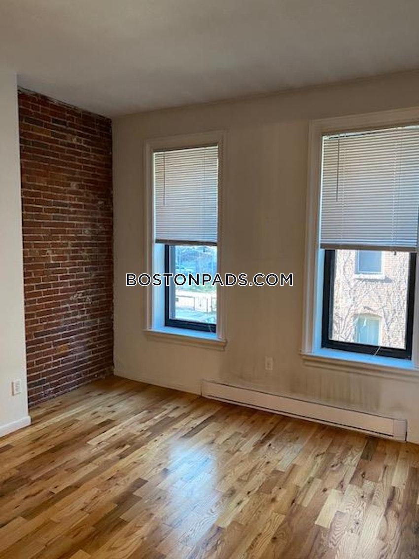 BOSTON - BAY VILLAGE - 1 Bed, 1 Bath - Image 11