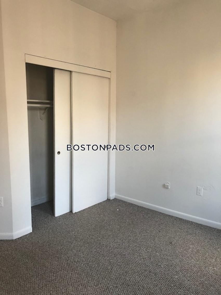 BOSTON - BAY VILLAGE - 3 Beds, 1.5 Baths - Image 1