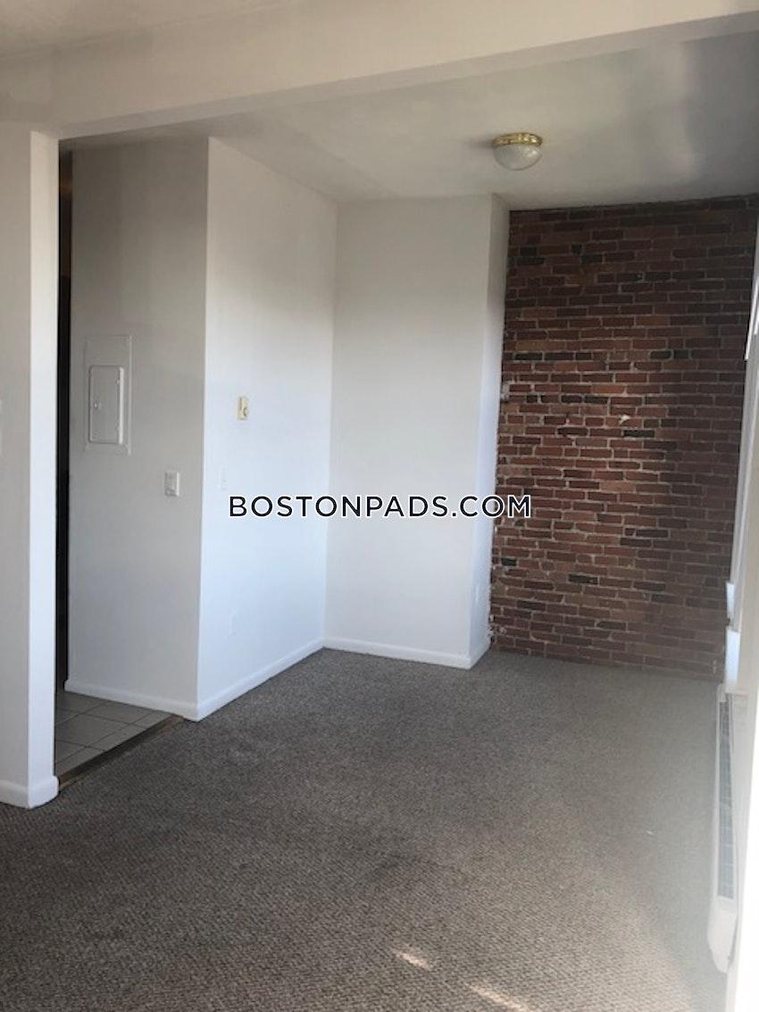 BOSTON - BAY VILLAGE - 3 Beds, 1.5 Baths - Image 6