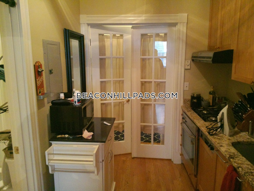 BOSTON - BEACON HILL - 1 Bed, 1 Bath - Image 4