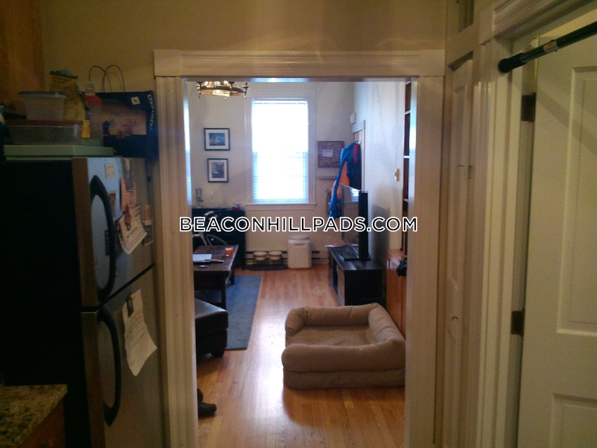 BOSTON - BEACON HILL - 1 Bed, 1 Bath - Image 2
