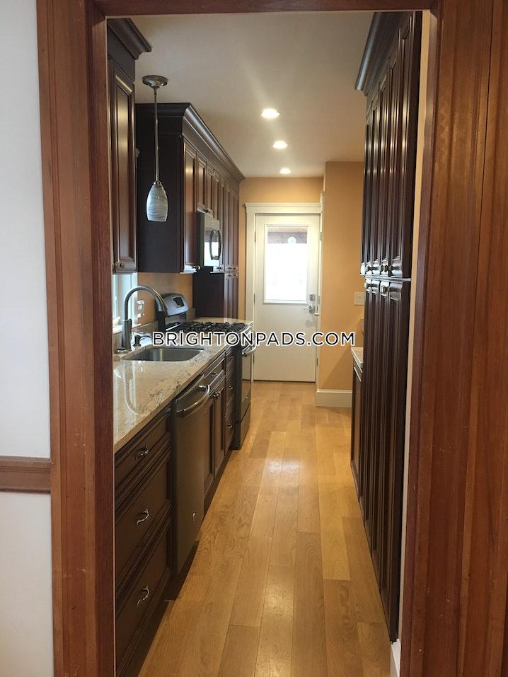 Boston - Brighton - Boston College - 3 Beds, 1 Bath - $3,600