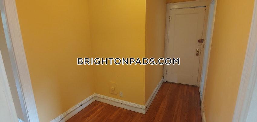 BOSTON - BRIGHTON - BOSTON COLLEGE - 1 Bed, 1 Bath - Image 2