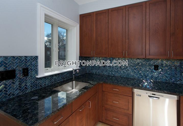 Boston - Brighton - Boston College - 2 Beds, 1 Bath - $2,625
