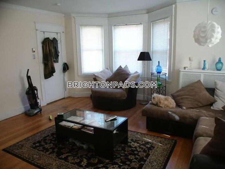 Boston - Brighton - Cleveland Circle - 5 Beds, 2 Baths - $4,000
