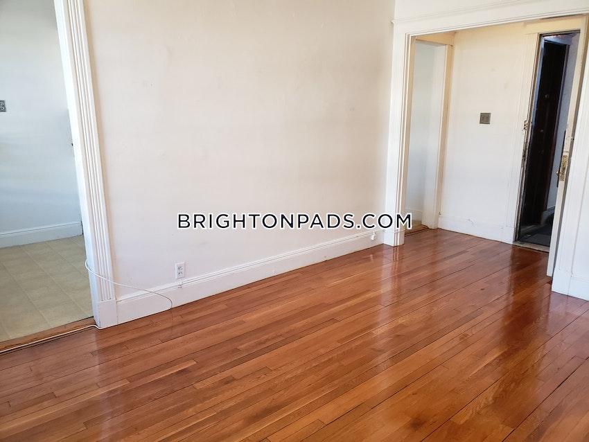 BOSTON - BRIGHTON - CLEVELAND CIRCLE - Studio , 1 Bath - Image 4