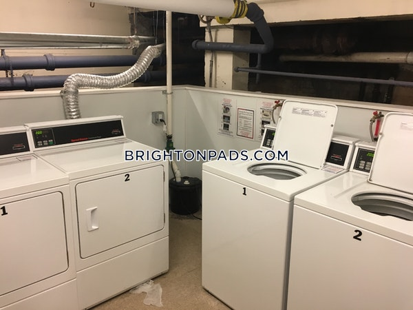 Brighton 1 Bed 1 Bath Boston - $1,875