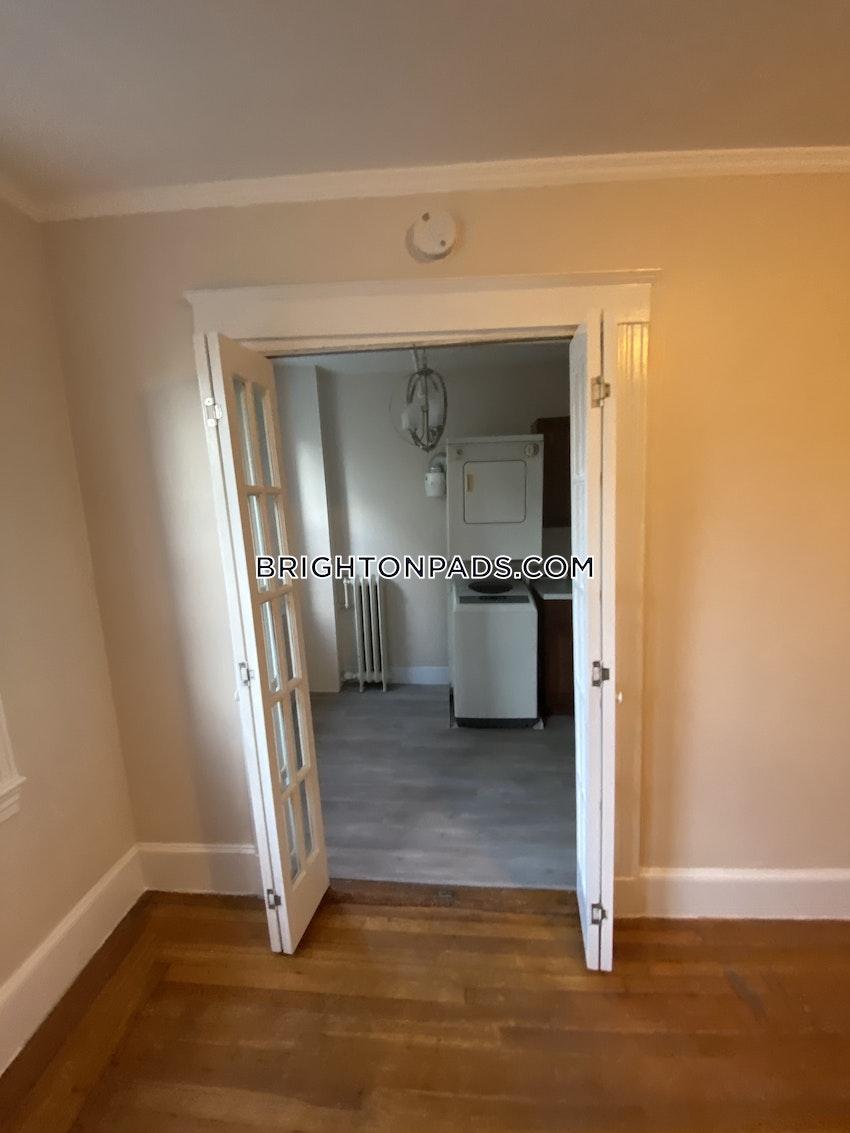 BOSTON - BRIGHTON - CLEVELAND CIRCLE - 1 Bed, 1 Bath - Image 9