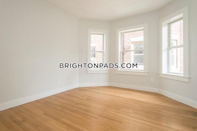 Brighton Sunny and Spacious!  Boston - $4,100