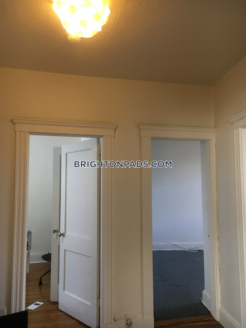 BOSTON - BRIGHTON - CLEVELAND CIRCLE - 2 Beds, 1 Bath - Image 10