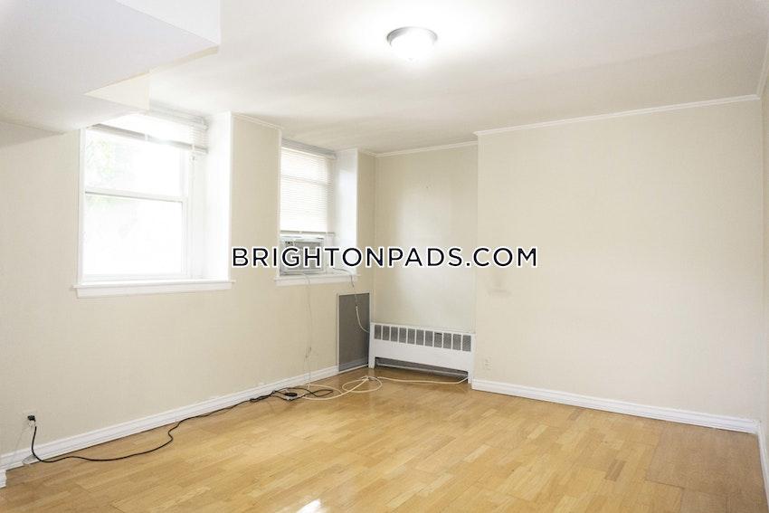 BOSTON - BRIGHTON - CLEVELAND CIRCLE - 3 Beds, 1 Bath - Image 4
