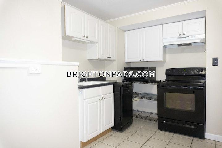 Boston - Brighton - Cleveland Circle - 3 Beds, 1 Bath - $3,695