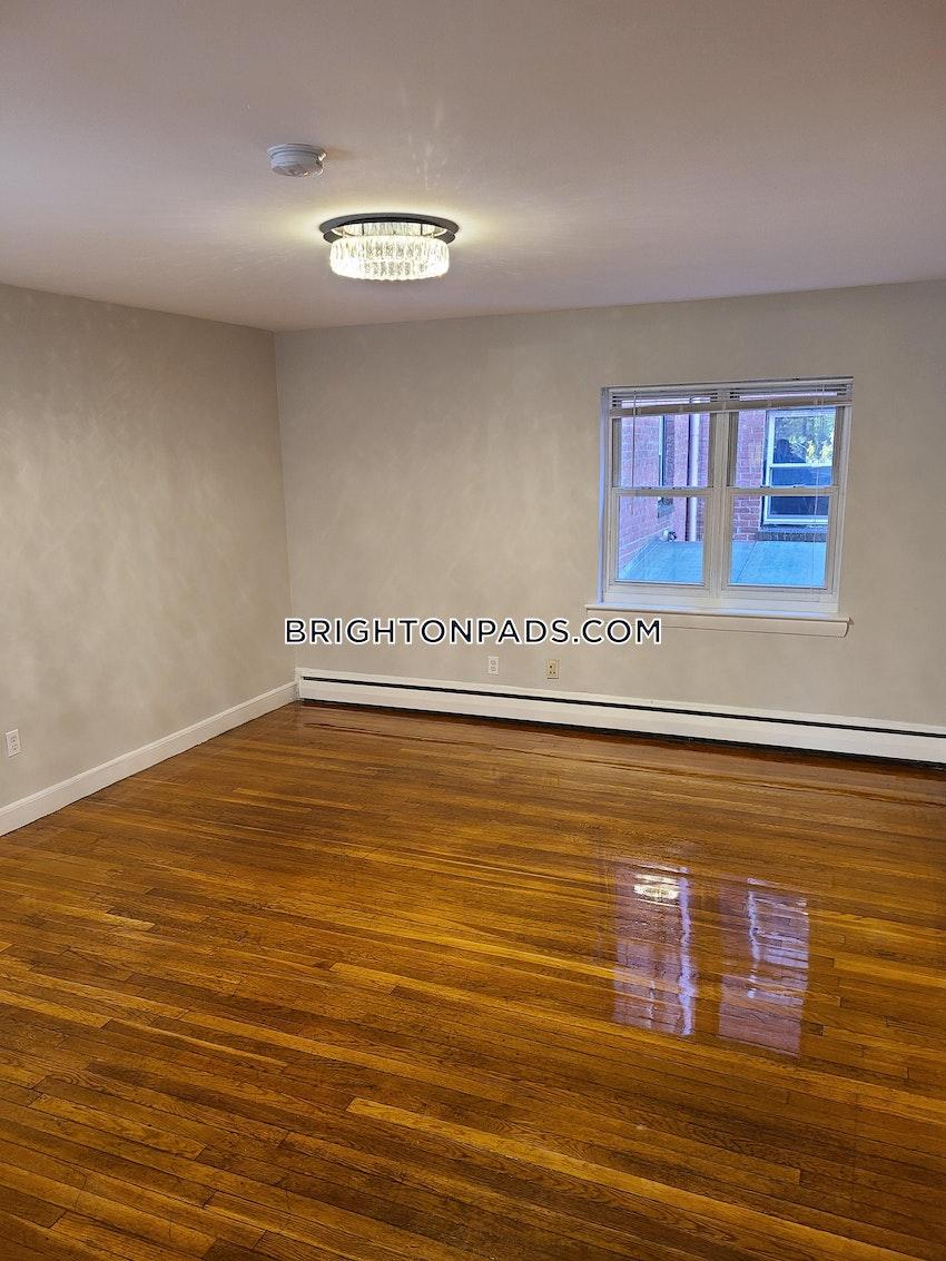 BOSTON - BRIGHTON - CLEVELAND CIRCLE - 2 Beds, 1 Bath - Image 8