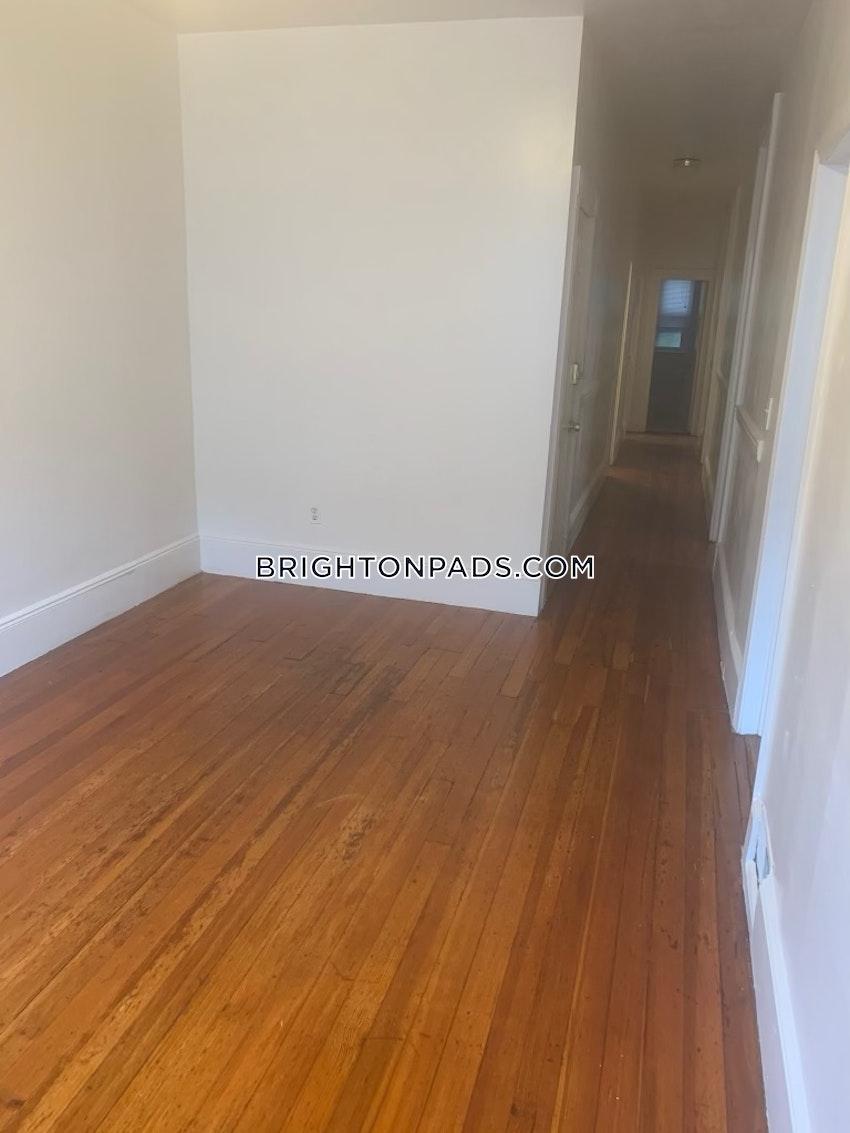 BOSTON - BRIGHTON - OAK SQUARE - 4 Beds, 1.5 Baths - Image 5