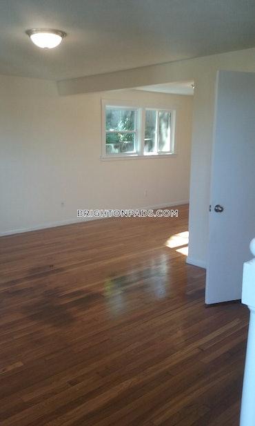 Allston/Brighton Border, Boston, MA - 3 Beds, 1 Bath - $2,400 - ID#3821186