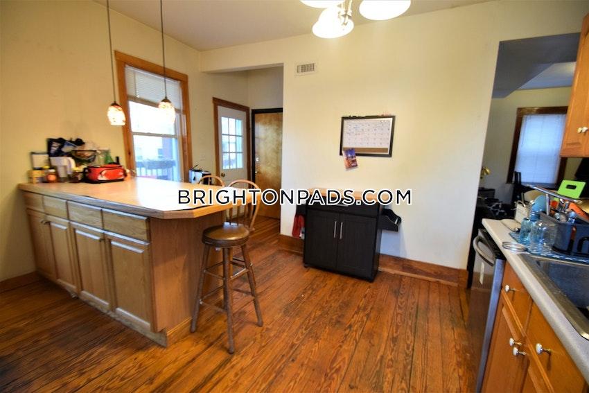 BOSTON - BRIGHTON - OAK SQUARE - 4 Beds, 2 Baths - Image 4