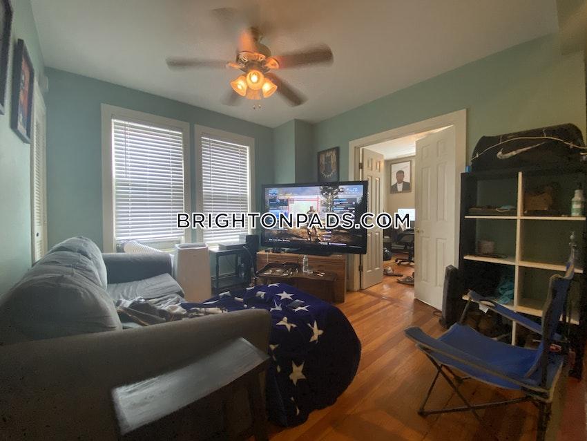 BOSTON - BRIGHTON - OAK SQUARE - 3 Beds, 2 Baths - Image 4