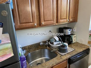 Oak Square - Brighton, Boston, MA - 2 Beds, 1 Bath - $2,700 - ID#3825108
