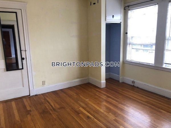Brighton Apartment for rent 3 Bedrooms 1 Bath Boston - $2,400