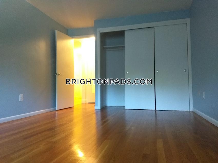 BOSTON - BRIGHTON - OAK SQUARE - 1 Bed, 1 Bath - Image 23