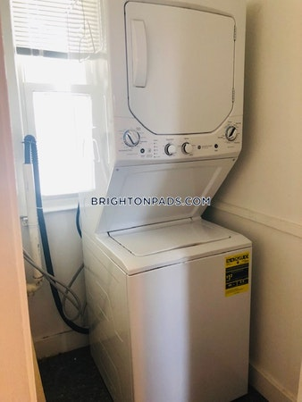 Brighton Wonderful 4 bed 1 bath in Brighton Boston - $2,700