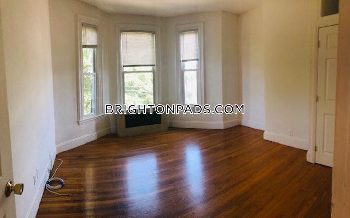 Boston - Brighton - Oak Square - 4 Beds, 1 Bath - $2,700