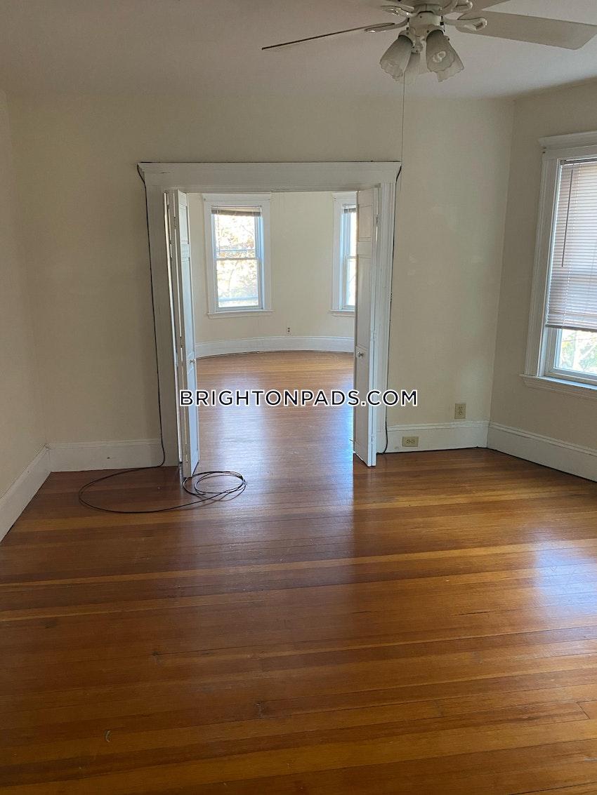 BOSTON - BRIGHTON - OAK SQUARE - 2 Beds, 1 Bath - Image 4